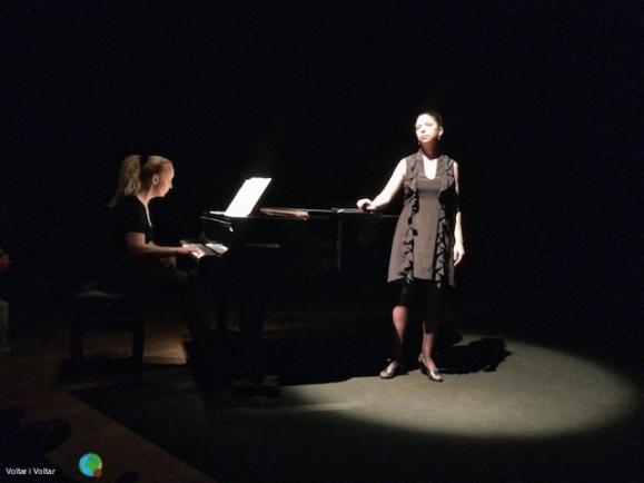 TRUOBLE IN TAHITI - Teatre Akadèmia01-imp