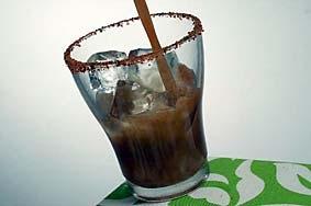 bebida-tamarindo-ron