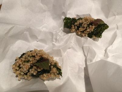 Nigiri de calamar amb caviar