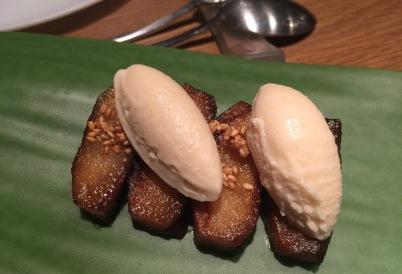 Poma teriyaki amb gelat de miso