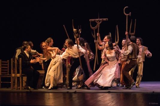 Fuenteovejuna - Teatre Victora 5