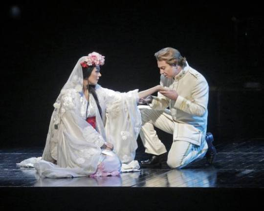 MADAME BUTTERFLY - Met