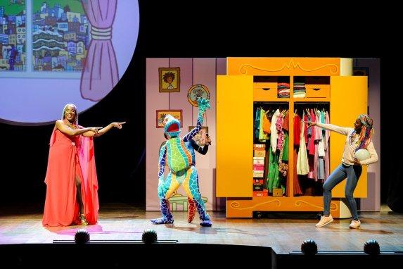una-bruixa-a-barcelona-teatre-victoria-2