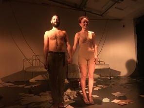 SÓLO CREO EN EL FUEGO - Badabadoc Teatre - Voltar i Voltar - - 1