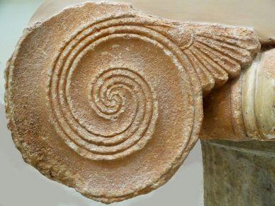 cargol a les ruines gregues